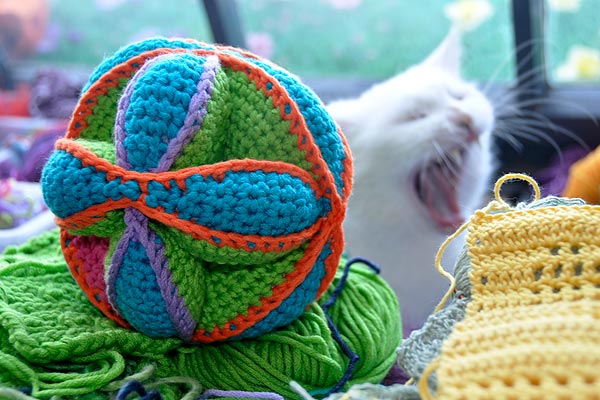 How to Crochet Amish Puzzle