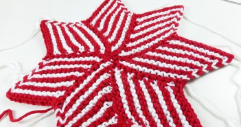December 05, 2014 * Striped Star from Diamond Shapes * knitaholics Advent Calendar